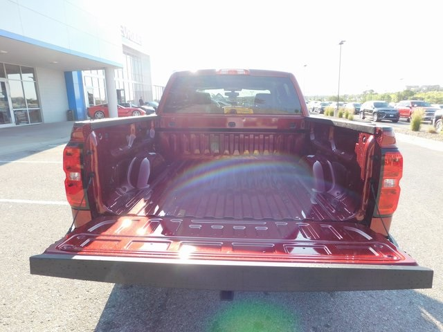 2018 Silverado 1500 Crew Cab 4x4,  Pickup #C21844 - photo 11