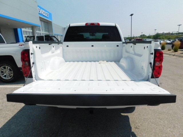 2018 Silverado 1500 Crew Cab 4x4,  Pickup #C22014 - photo 11