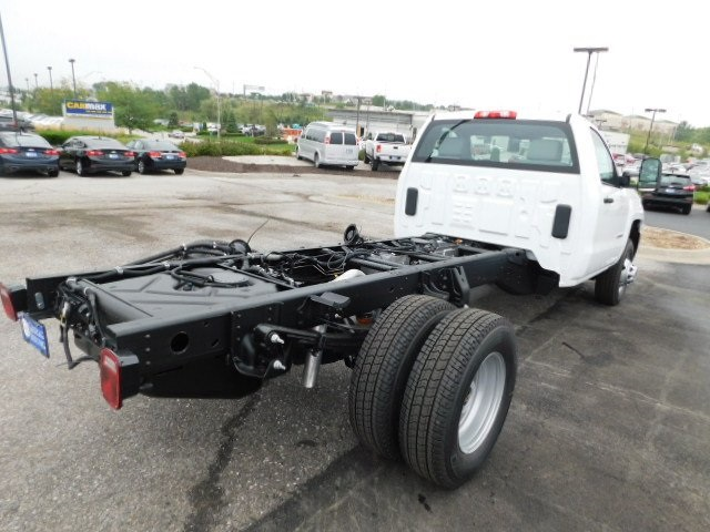 2019 Silverado 3500 Regular Cab DRW 4x4,  Cab Chassis #C22262 - photo 2
