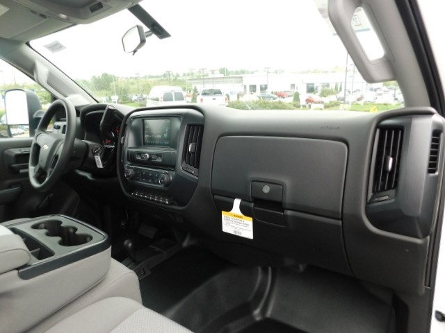 2019 Silverado 3500 Regular Cab DRW 4x4,  Cab Chassis #C22262 - photo 18