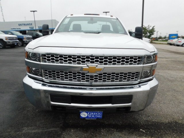 2019 Silverado 3500 Regular Cab DRW 4x4,  Cab Chassis #C22262 - photo 4