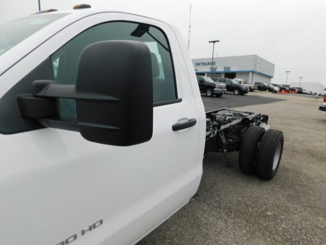 2019 Silverado 3500 Regular Cab DRW 4x4,  Cab Chassis #C22262 - photo 8