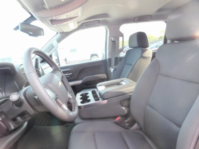 2018 Silverado 2500 Crew Cab 4x4, Pickup #T21371 - photo 26