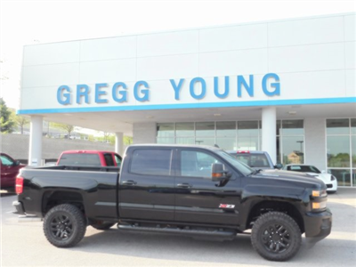 2018 Silverado 2500 Crew Cab 4x4, Pickup #T21371 - photo 3