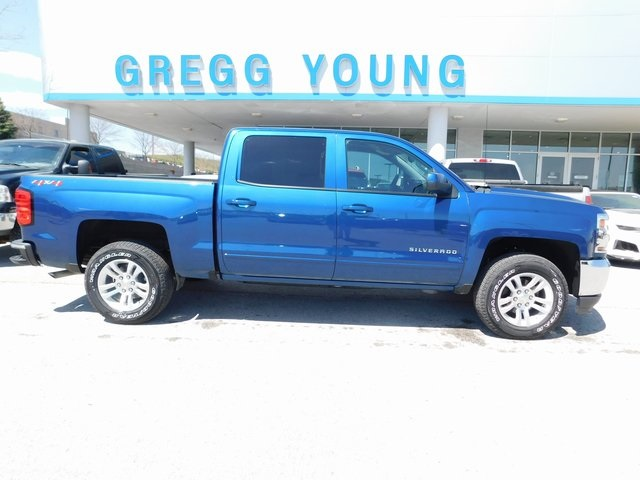 2018 Silverado 1500 Crew Cab 4x4, Pickup #T21459 - photo 3