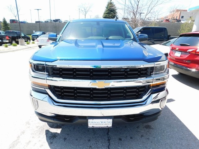 2018 Silverado 1500 Crew Cab 4x4, Pickup #T21459 - photo 4