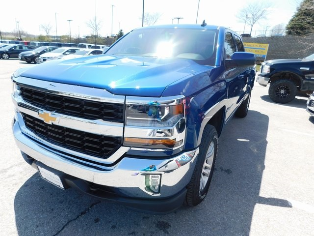 2018 Silverado 1500 Crew Cab 4x4, Pickup #T21459 - photo 5