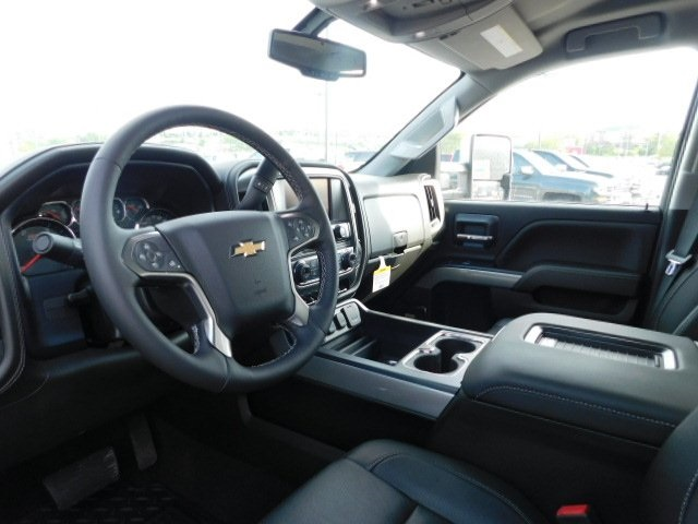 2018 Silverado 2500 Crew Cab 4x4,  Pickup #T21633 - photo 18