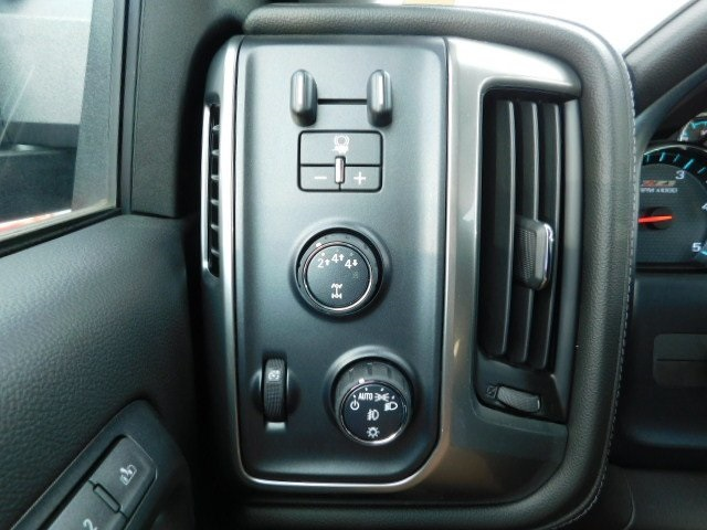 2018 Silverado 2500 Crew Cab 4x4,  Pickup #T21633 - photo 33