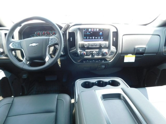 2018 Silverado 1500 Crew Cab 4x4,  Pickup #T21806 - photo 25