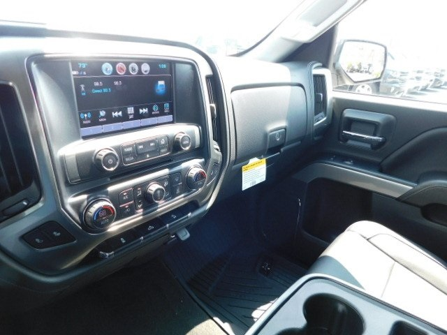 2018 Silverado 1500 Crew Cab 4x4,  Pickup #T21806 - photo 33