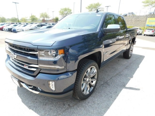 2018 Silverado 1500 Crew Cab 4x4,  Pickup #T21806 - photo 5