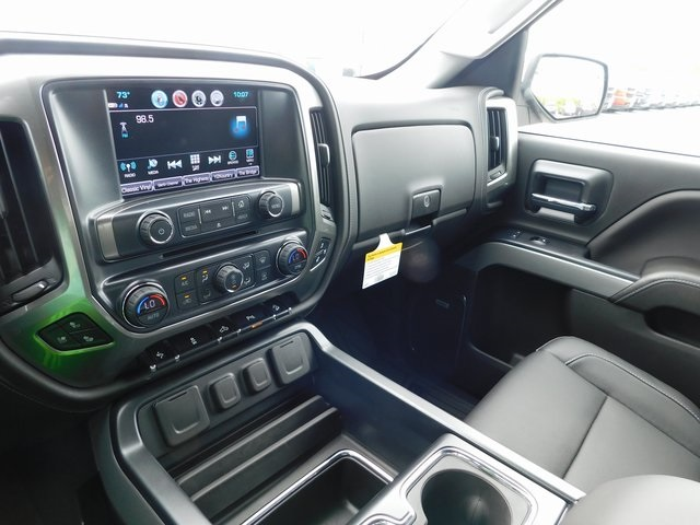 2018 Silverado 1500 Crew Cab 4x4,  Pickup #T22001 - photo 30