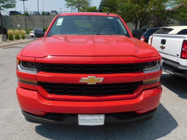 2018 Silverado 1500 Double Cab 4x4,  Pickup #T22003 - photo 4