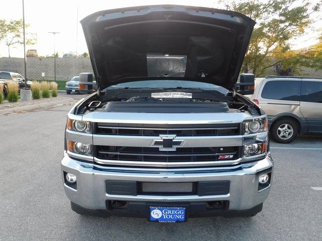 2018 Silverado 2500 Crew Cab 4x4,  Pickup #T22124 - photo 17
