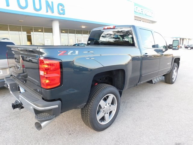 2018 Silverado 2500 Crew Cab 4x4,  Pickup #T22124 - photo 2