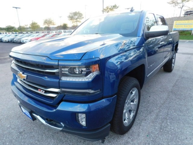 2018 Silverado 1500 Crew Cab 4x4,  Pickup #T22225 - photo 3