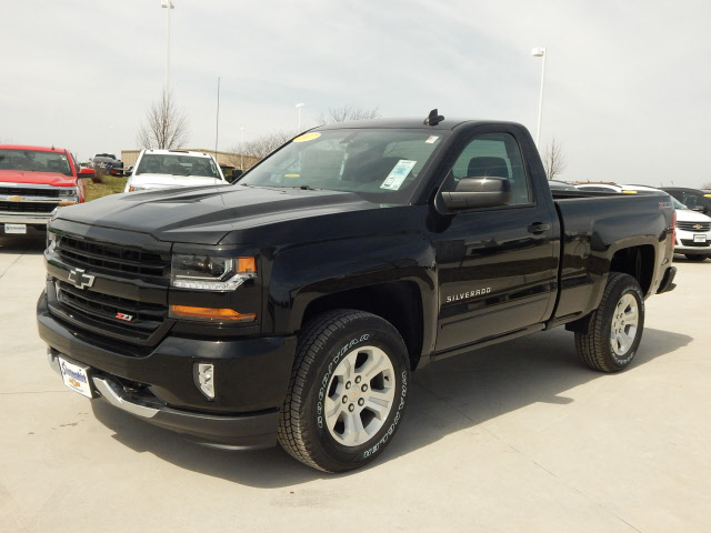 2017 silverado z71 single cab related keywords 2017 silverado z71 single cab long tail. Black Bedroom Furniture Sets. Home Design Ideas