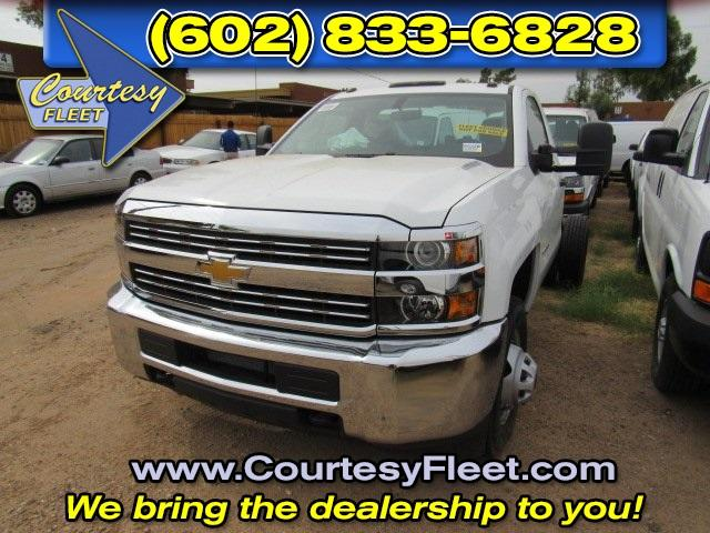 2016 Silverado 3500 Regular Cab, Cab Chassis #65220 - photo 3
