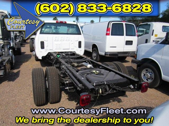 2016 Silverado 3500 Regular Cab, Cab Chassis #65221 - photo 5