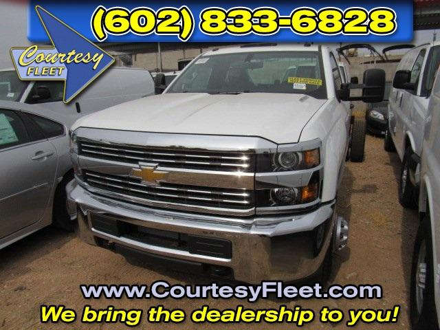 2016 Silverado 3500 Regular Cab, Cab Chassis #65311 - photo 3