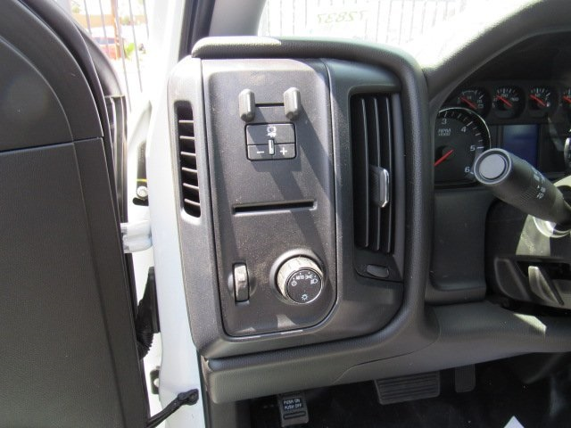 2017 Silverado 3500 Regular Cab DRW, Royal Contractor Body #73592 - photo 4