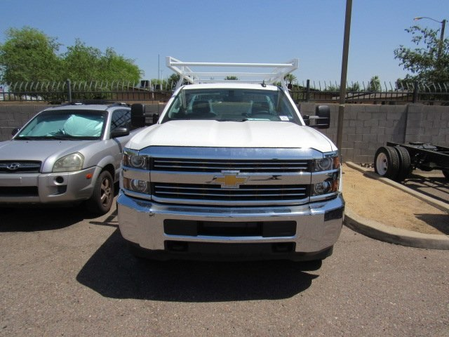 2017 Silverado 2500 Regular Cab 4x4 Service Body #73650 - photo 3