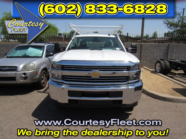 2017 Silverado 2500 Regular Cab 4x4, Service Body #73650 - photo 3
