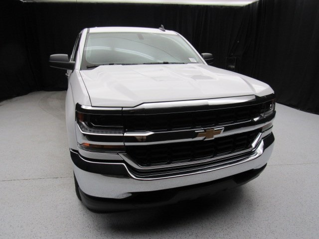 2017 Silverado 1500 Crew Cab 4x2,  Pickup #74400 - photo 17