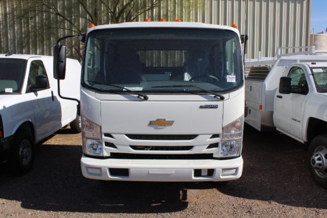 2017 Low Cab Forward Crew Cab, Cab Chassis #75229 - photo 4