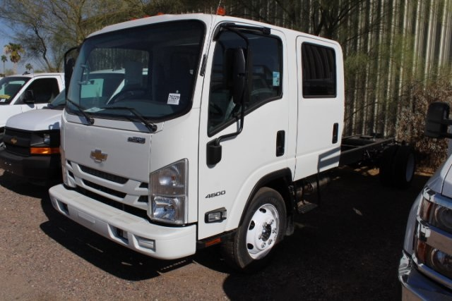 2017 Low Cab Forward Crew Cab, Cab Chassis #75229 - photo 7