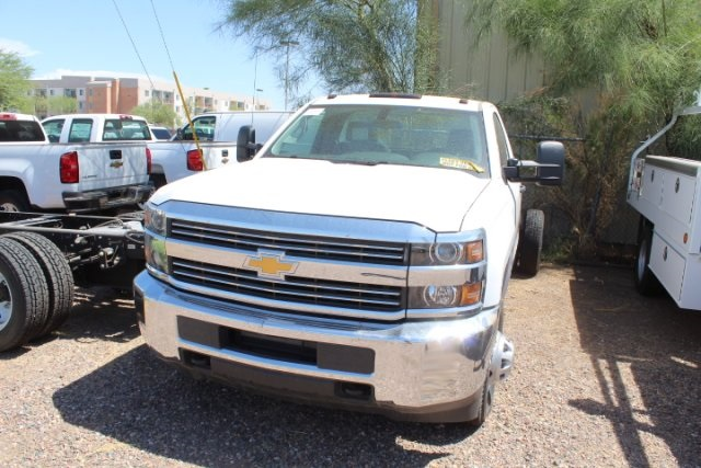 2017 Silverado 3500 Regular Cab DRW 4x2,  Cab Chassis #75456 - photo 4