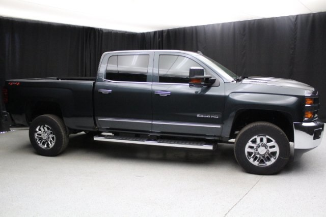 2018 Silverado 2500 Crew Cab 4x4, Pickup #80243 - photo 12