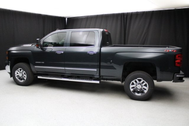 2018 Silverado 2500 Crew Cab 4x4, Pickup #80243 - photo 7