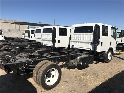 2018 LCF 5500HD Crew Cab, Cab Chassis #80570 - photo 2