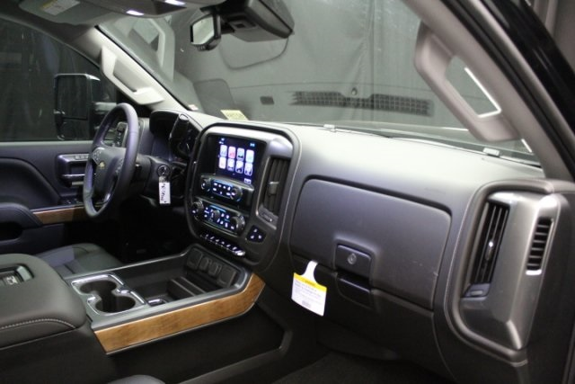 2018 Silverado 2500 Crew Cab 4x4,  Pickup #82759 - photo 51