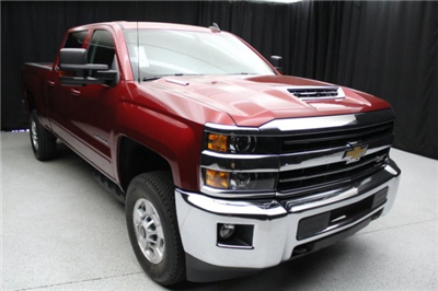 2018 Silverado 2500 Crew Cab 4x4,  Pickup #83055 - photo 16