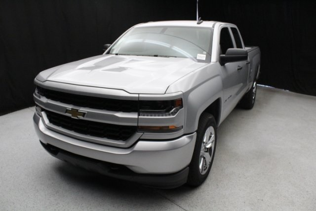 2018 Silverado 1500 Double Cab 4x2,  Pickup #84143 - photo 4
