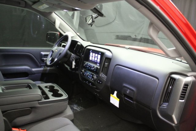 2018 Silverado 1500 Crew Cab 4x2,  Pickup #84878 - photo 42