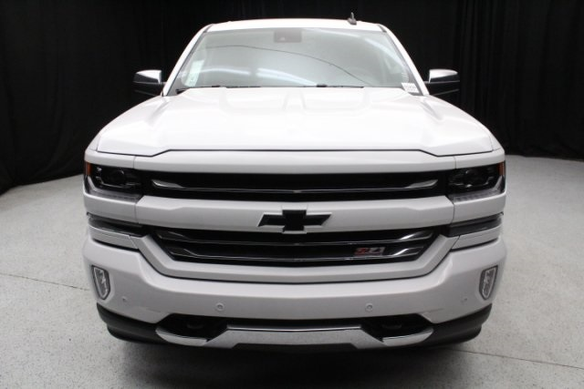 2018 Silverado 1500 Crew Cab 4x4,  Pickup #85250 - photo 3