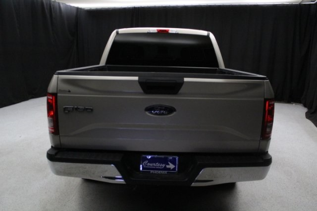 2017 F-150 SuperCrew Cab 4x2,  Pickup #E1928 - photo 10