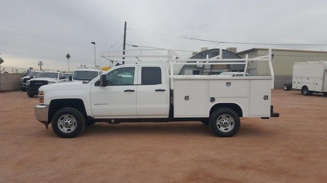 2019 Silverado 2500 Double Cab 4x2, Harbor TradeMaster Service Body #WR195740 - photo 3