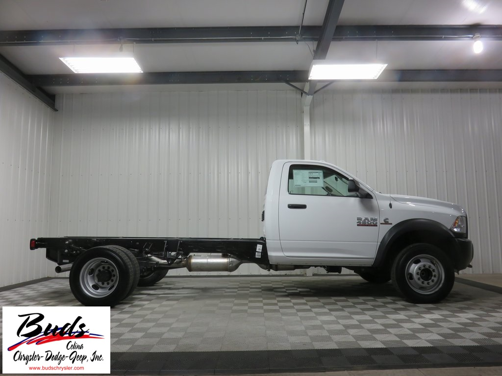 2017 Ram 4500 Regular Cab DRW, Platform Body #730490 - photo 21