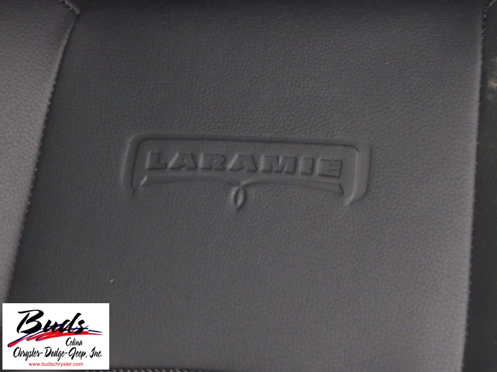 2017 Ram 1500 Crew Cab 4x4 Pickup #732540 - photo 14