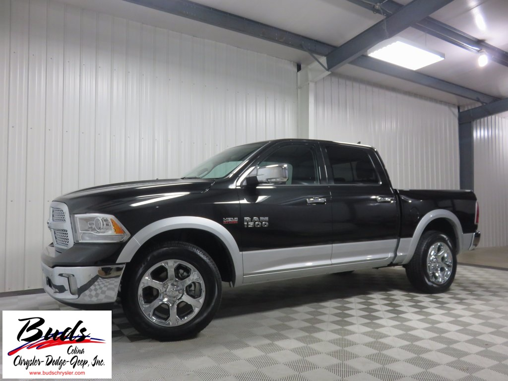 2017 Ram 1500 Crew Cab 4x4 Pickup #732540 - photo 4