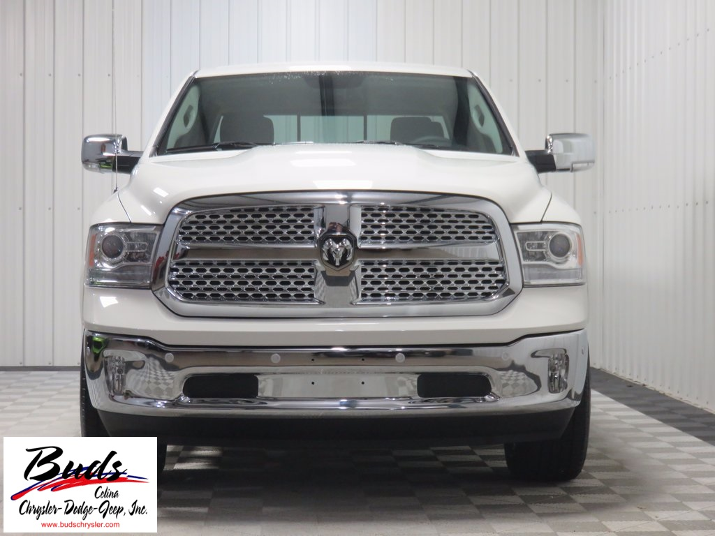 2017 Ram 1500 Crew Cab 4x4, Pickup #732610 - photo 4