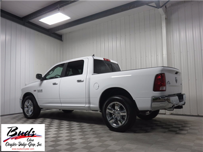 2017 Ram 1500 Crew Cab 4x4 Pickup #732650 - photo 2