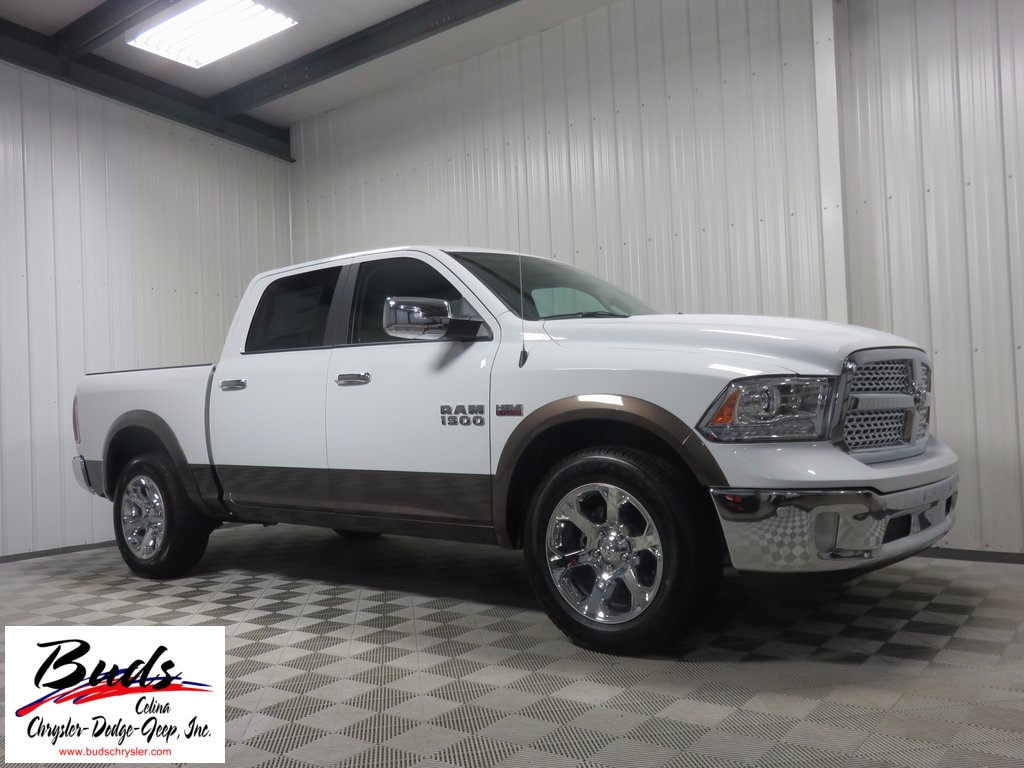 2017 Ram 1500 Crew Cab 4x4, Pickup #733210 - photo 4