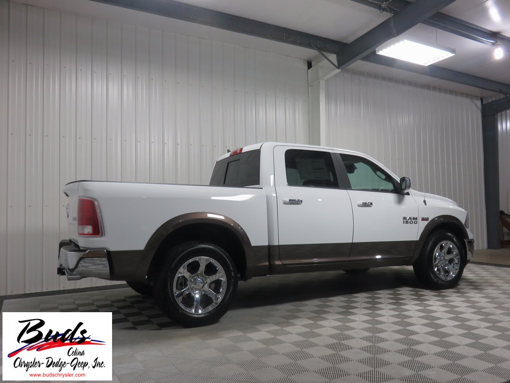 2017 Ram 1500 Crew Cab 4x4, Pickup #733210 - photo 2