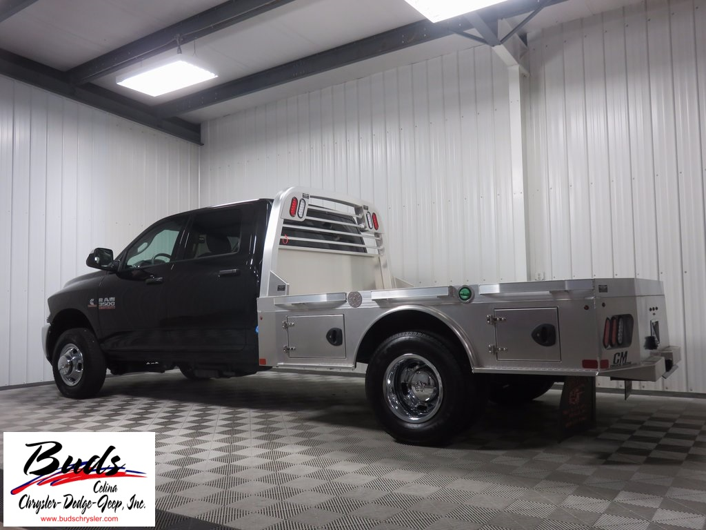 2018 Ram 3500 Crew Cab DRW 4x4 Hauler Body #830140 - photo 2
